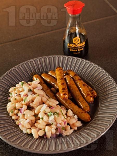 Пържени наденички със соев сос и бобена салата - снимка на рецептата